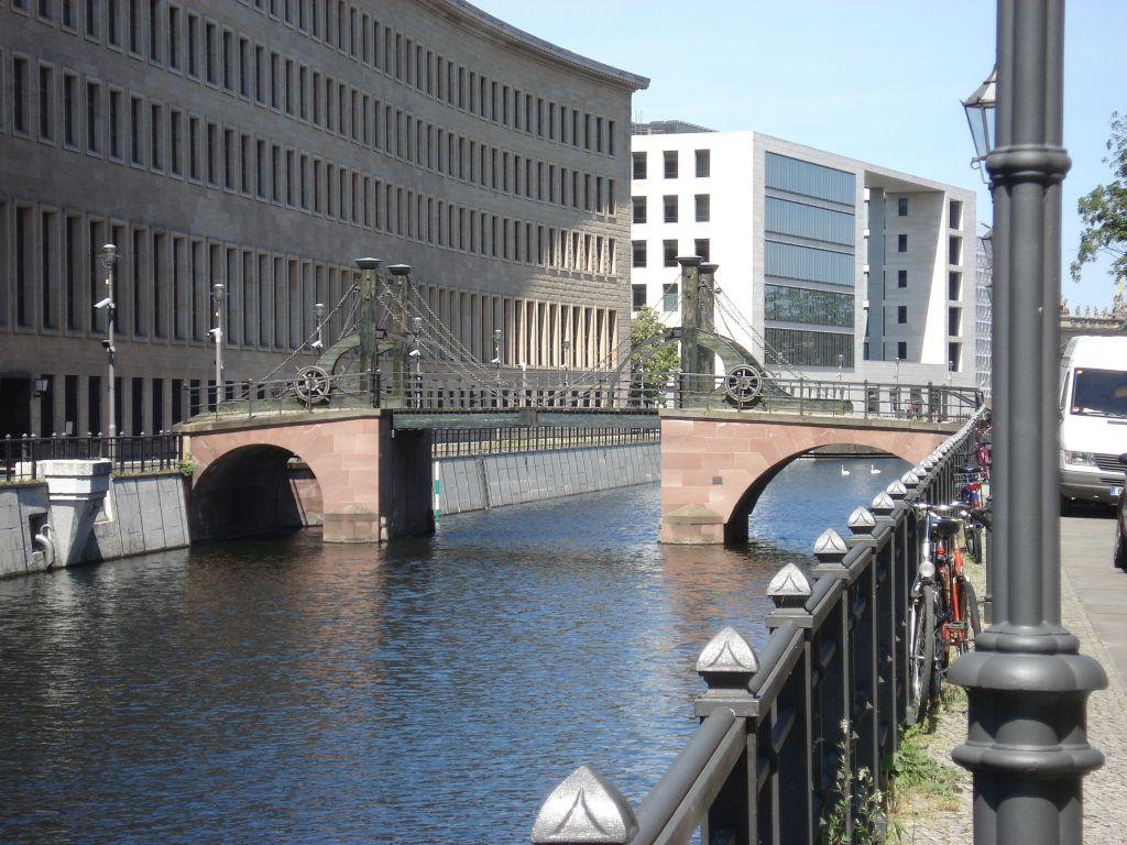 Radtour durch Berlin Mitte - Jungfernbrücke