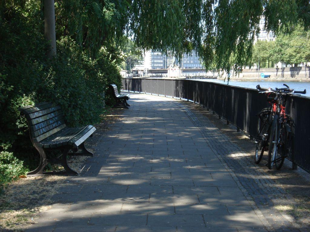 Radtour durch Berlin Mitte - Ufer