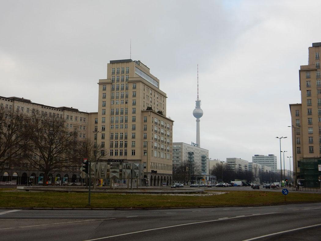 Radtour Berlin Friedrichshain - Strausberger Platz