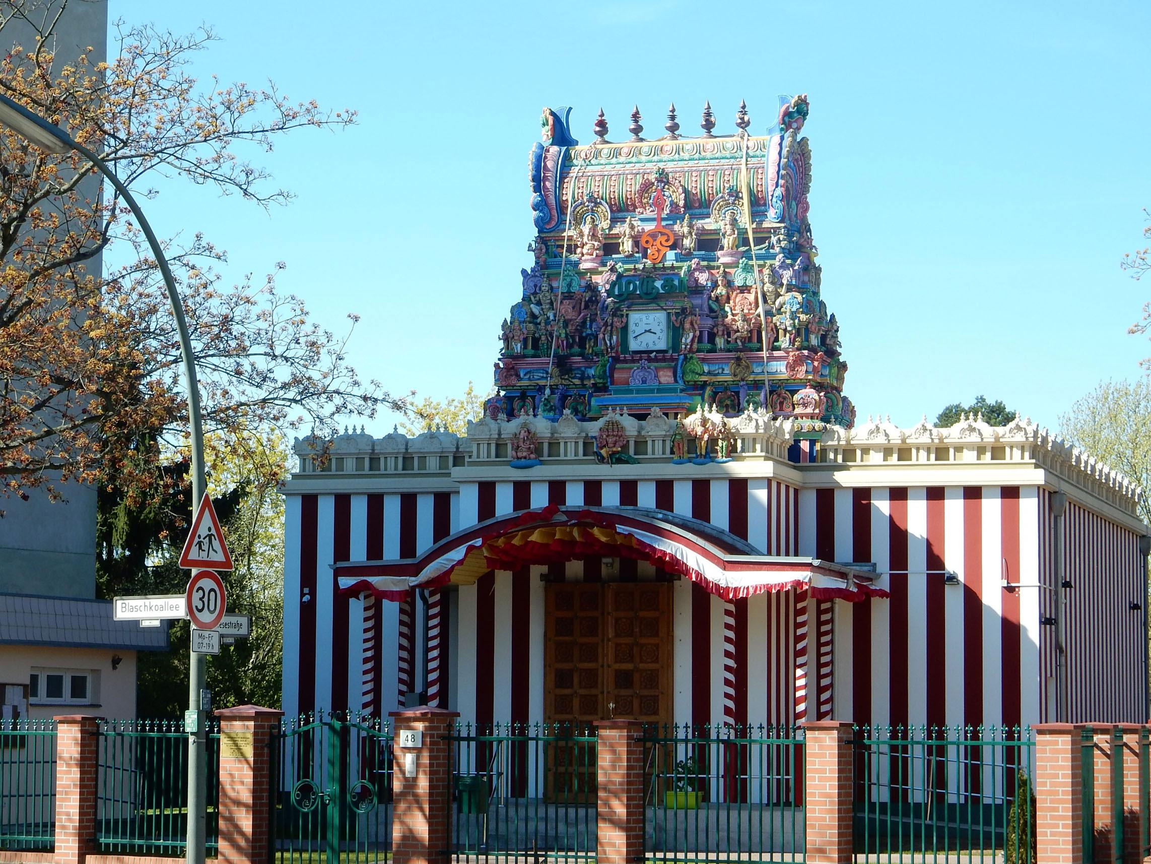 Radtour Berlin Neukölln - Sri Mayurapathy Murugan Tempel