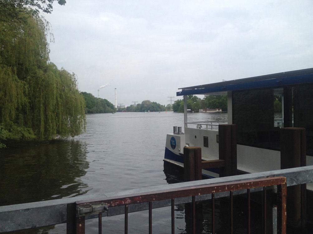 Radtour vom Treptower Park nach Köpenick - Fähre F11