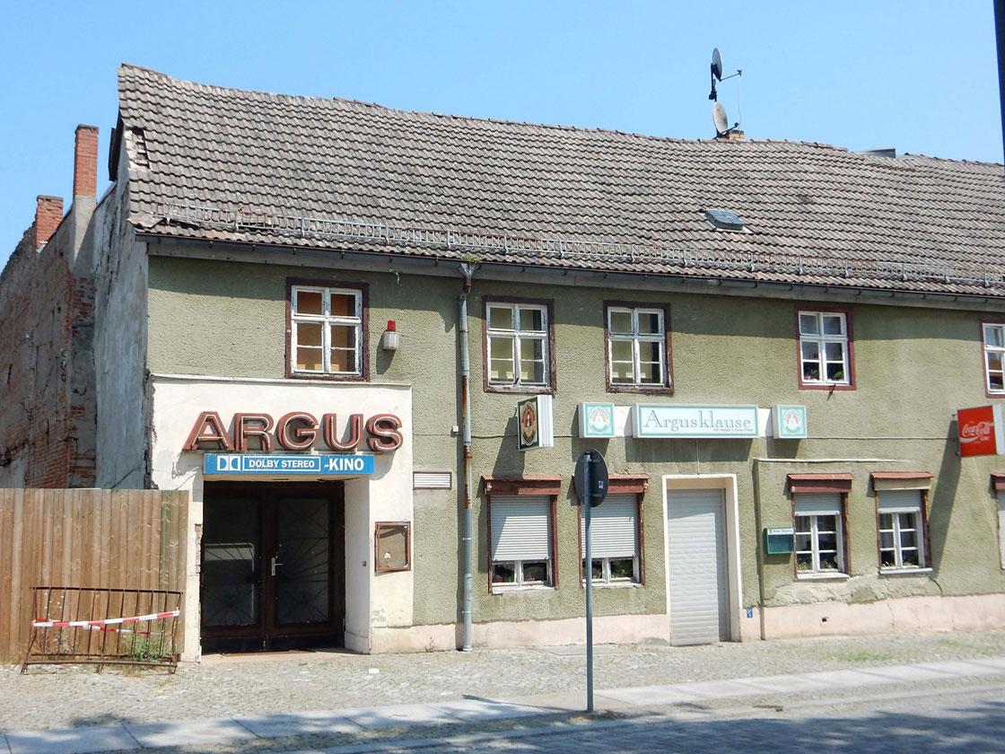 Radtour und Baden am Straussee