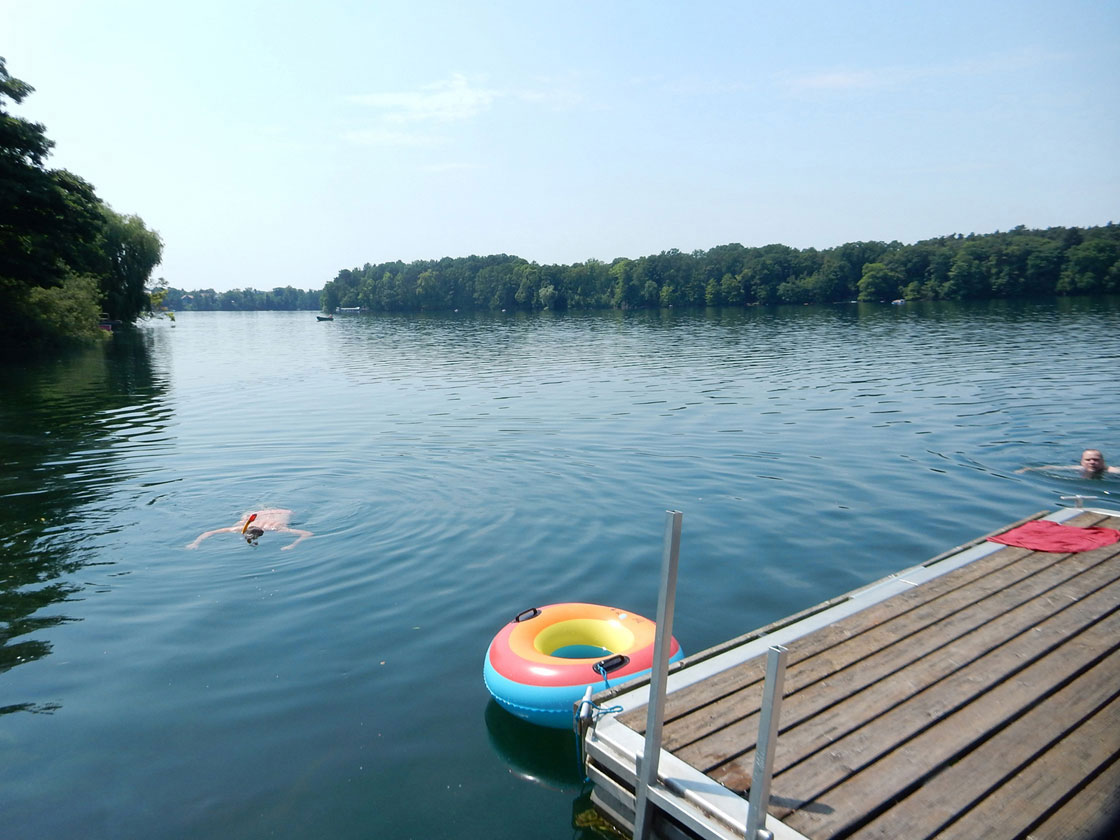 Bike tour and swimming at Straussee